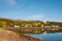 Ciudad del akureyri en Islandia fotografía de archivo
