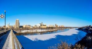 Ciudad del invierno de Saskatoon panorámica Imagen de archivo