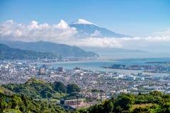 Ciudad del monte Fuji y de Shizuoka Foto de archivo libre de regalías