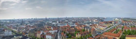 Ciudad del paisaje del panorama de la opinión de Copenhague Fotos de archivo libres de regalías