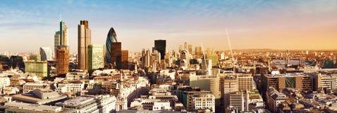 Ciudad del panorama de Londres Fotos de archivo libres de regalías