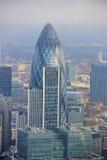 Ciudad del rascacielos de Londres - pepinillo Fotos de archivo libres de regalías