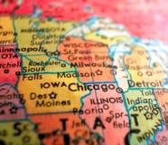 Ciudad del tiro macro del foco de Chicago Illinois los E.E.U.U. en el mapa del globo para los blogs del viaje, los medios sociale fotografía de archivo libre de regalías