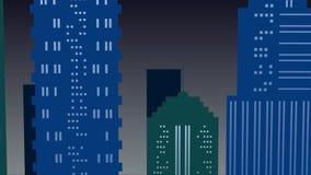 Ciudad en fondo de la noche con la Luna Llena en colores verdes y azules almacen de metraje de vídeo