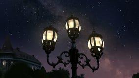 Ciudad en la noche almacen de video