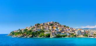 Ciudad en la península, Grecia imagen de archivo libre de regalías