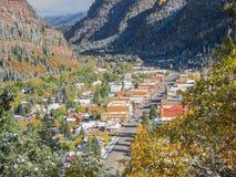 Ciudad en las montañas Fotografía de archivo