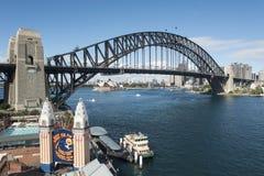 Ciudad encima de la rueda de Ferris Imagen de archivo libre de regalías