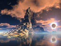 Ciudad extranjera futurista en el eclipse lunar Imagen de archivo libre de regalías