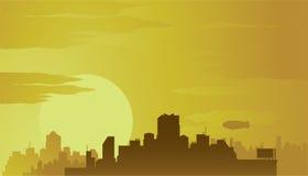 Ciudad grande en la puesta del sol. Foto de archivo libre de regalías