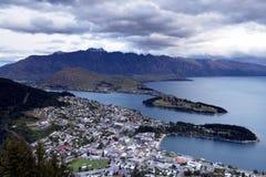 Ciudad hermosa de Queenstown, Nueva Zelanda Fotografía de archivo libre de regalías