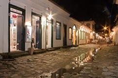 Ciudad histórica de Paraty en la noche Imagen de archivo libre de regalías