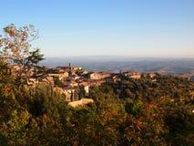 Ciudad italiana de la cumbre Imagen de archivo libre de regalías
