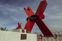CIUDAD JUAREZ-CHIHUAHUA-MEXIKO-JANUARY-2019: Monument zum X in kleinem und in großem stockbilder