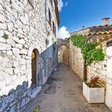 Ciudad medieval de Mons en Francia Imagen de archivo libre de regalías