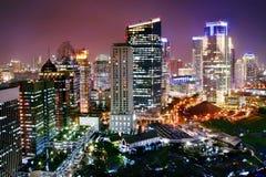 Ciudad moderna de la noche Foto de archivo libre de regalías