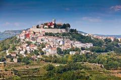 Ciudad Motovun, Istria, Croatia fotos de archivo
