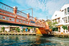 Ciudad, puente y canal del río de Malaca en Malasia fotografía de archivo libre de regalías