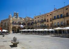 Ciudad Rodrigo - stadshus på Plazaborgmästaren Royaltyfria Bilder