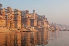 Ciudad santa de Varanasi, la India imagen de archivo