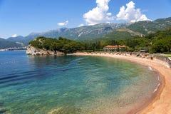 Ciudad Sveti Stefan en Montenegro Imagen de archivo