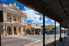 Ciudad típica del australiano interior - torres de las cartas Fotografía de archivo