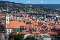 Ciudad vieja de Bratislava en Eslovaquia Foto de archivo