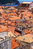 Ciudad vieja de Dubrovnik cerca del mar, retrato Fotos de archivo libres de regalías