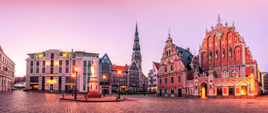 Ciudad vieja de Hall Square Riga de la ciudad, Letonia Imagen de archivo