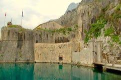 Ciudad vieja de Kotor Fotos de archivo libres de regalías