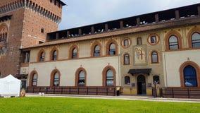Ciudad vieja de Milán del castillo antiguo de Sforza, herencia histórica, arquitectura, turismo metrajes