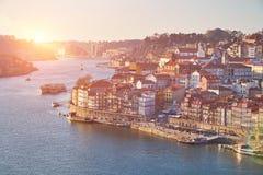 Ciudad vieja de Oporto Opinión del río del Duero, Portugal fotografía de archivo libre de regalías