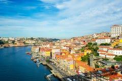Ciudad vieja de Oporto, Portugal en el río del Duero Imagen de archivo
