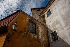 Ciudad vieja de Tallinn del patio Foto de archivo libre de regalías