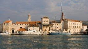 Ciudad vieja de Trogir foto de archivo libre de regalías