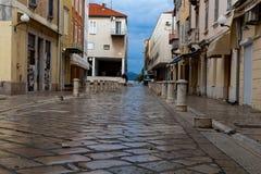 Ciudad vieja de Zadar de la calle vacía fotos de archivo libres de regalías