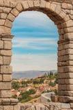Ciudad vieja en Segovia, España fotos de archivo