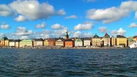 Ciudad vieja (Gamla Stan) en Estocolmo, Suecia almacen de metraje de vídeo