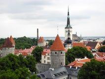 Ciudad vieja Tallinn en Estonia foto de archivo