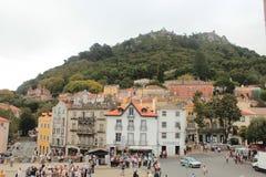 Ciudad vieja y edificio municipal de Sintra, Portugal, Europa Imagen de archivo libre de regalías