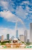 Ciudad y fuente de Chicago Fotografía de archivo libre de regalías