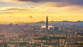 Ciudad y Lotte Tower, Corea del Sur de Seul Lapso de tiempo 4K almacen de video