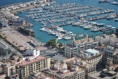 Ciudad y puerto de Alicante desde arriba Foto de archivo