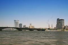 Ciudad y río el Nilo de El Cairo Foto de archivo libre de regalías