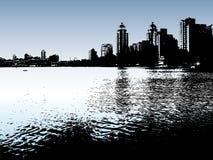 Ciudad y río urbanos con estilo. Fotografía de archivo