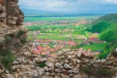 Ciudadela de Rasnov en Rumania imagen de archivo