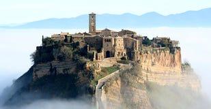 Civita di Bagnoreggio - panorama Image stock