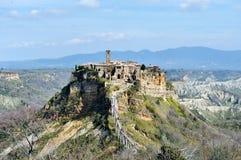 Civita di Bagnoregio, Italie - vue panoramique de village médiéval Images stock