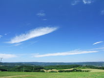 ck在天空的eifel hunsr 免版税库存图片