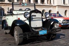 Clássico Ford 1928 em Havana Foto de Stock Royalty Free